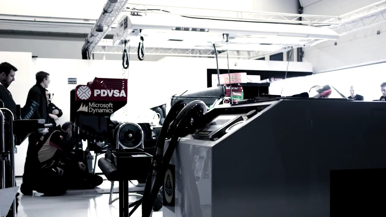 , How the Lotus F1 Team uses Office 365